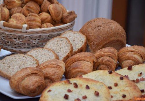Brutărie artizanală: produse cu și fără gluten, si cu conținut redus de carbohidrați